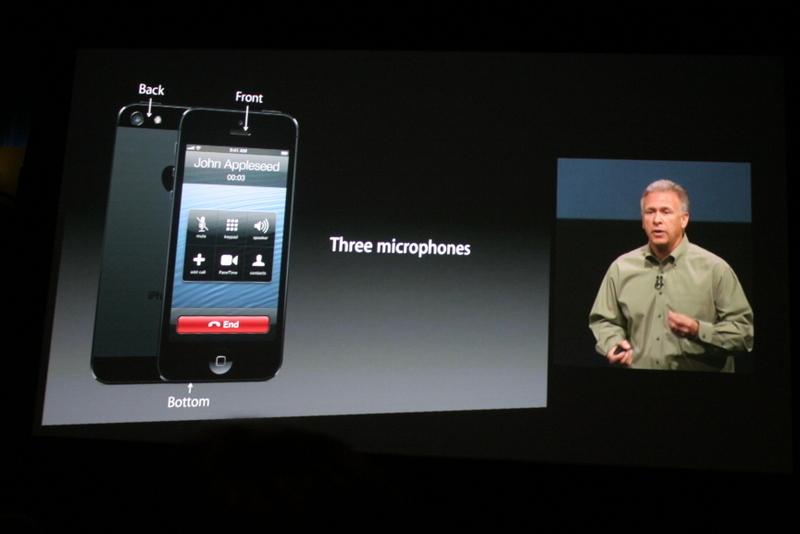 Phil Schiller presenteert de nieuwe iPhone.