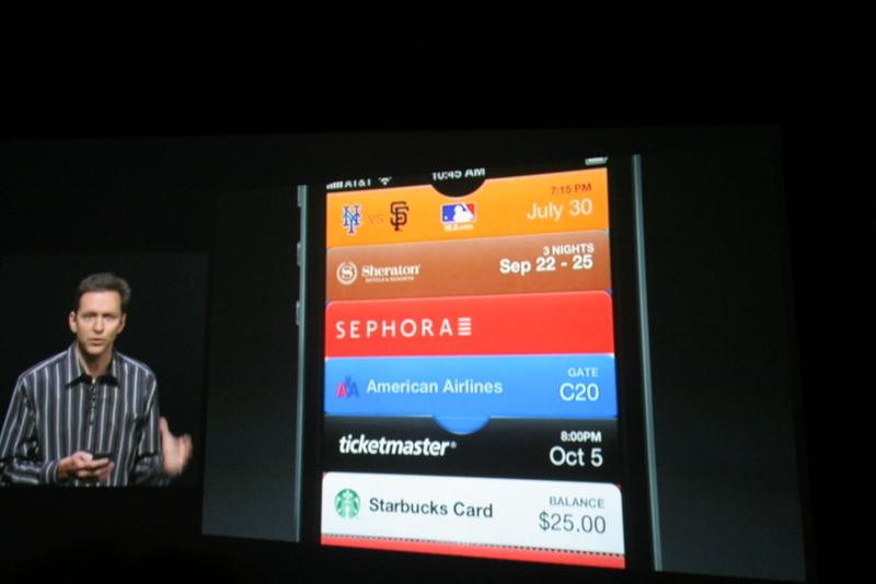 Scott Forstall presenteert nogmaals de nieuwe Passbook-app in iOS 6