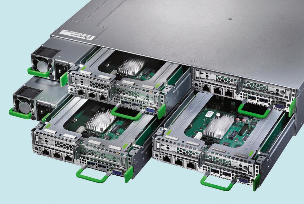 Het Primergy CX400 M1-systeem van Fujitsu is representatief voor typische HCI-configuraties: vier aparte servernodes met twee redundante voedingen beslaan twee units in een serverrack.