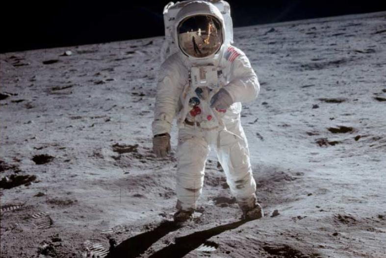maanlanding 50 jaar geleden techniek technologie microchip software