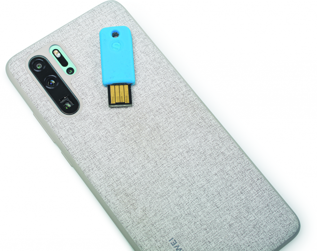 FIDO2 security key veilig inloggen zonder wachtwoord nfc smartphone
