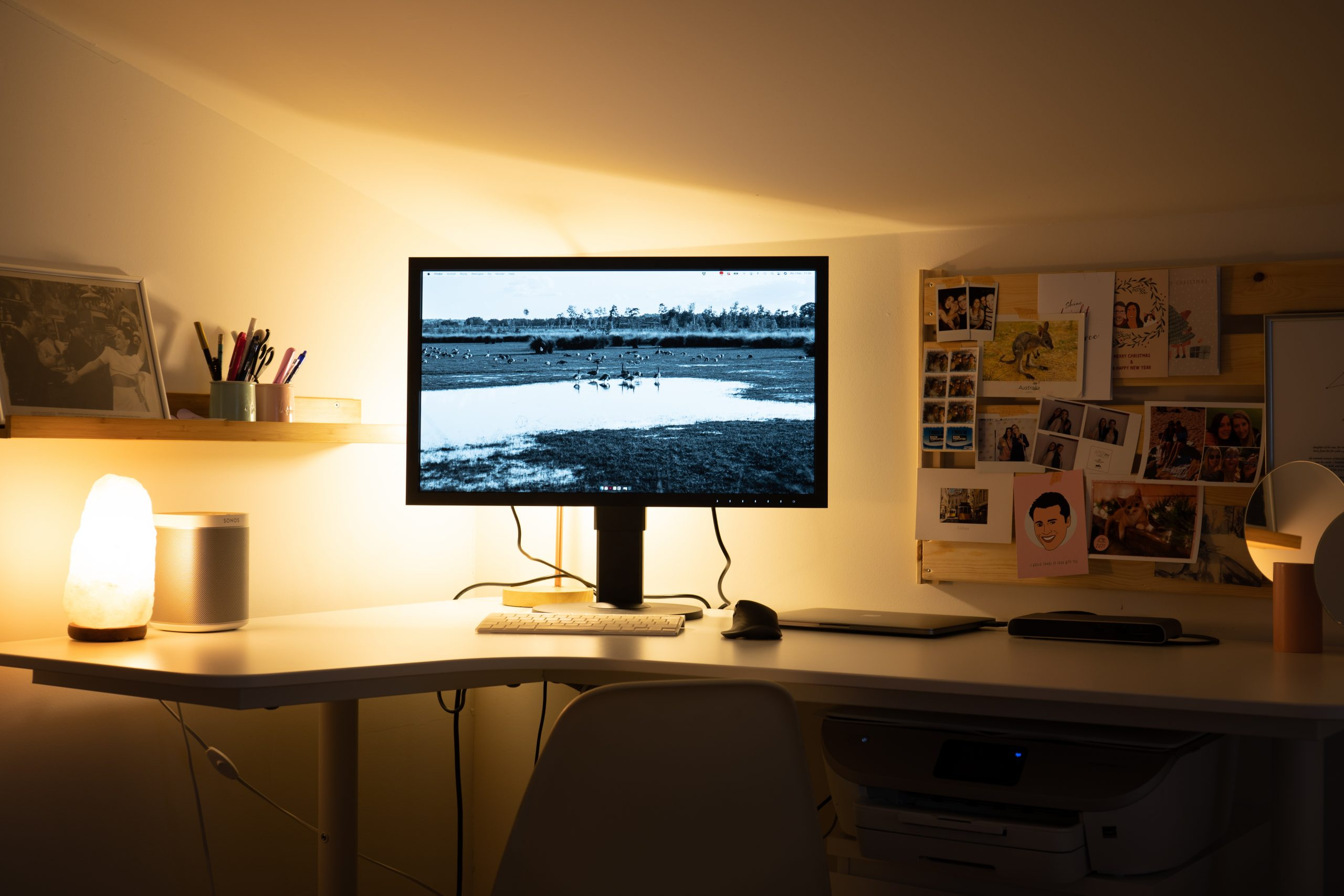 Eizo monitor donkere kamer