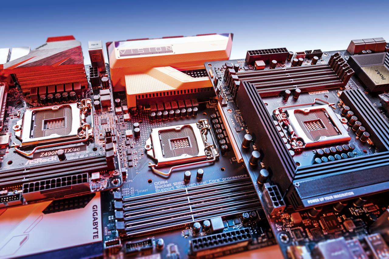 Z490 moederbord test review LGA1200 vergelijking Intel Core-i review